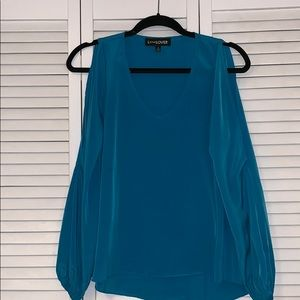 Blue top with cut out sleeves